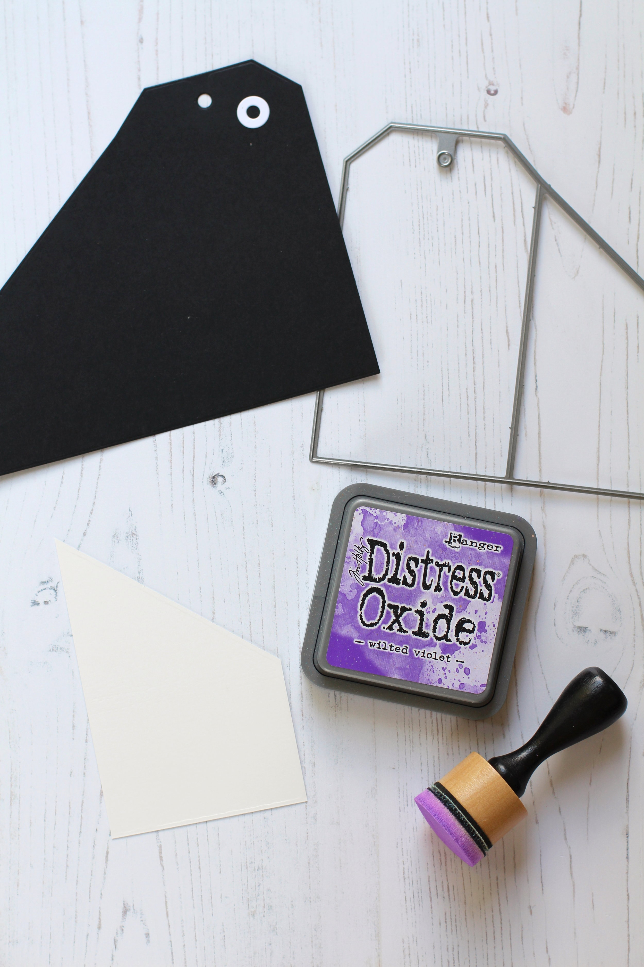 DIY Halloween Gift Card Tags by Nicole // rightathomeshop.com/blog