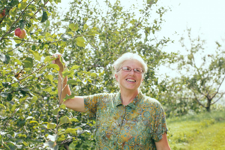 Nancy Hayden - The Farm Between