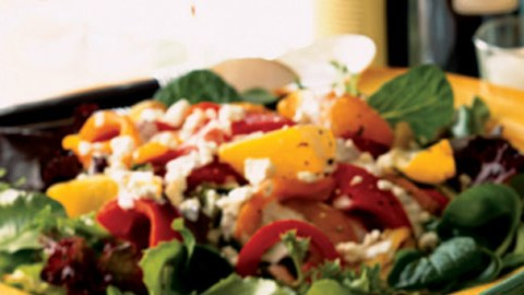 mare_mesclun_salad_with_oven_roasted_peppers_and_feta_dressing_h.jpg
