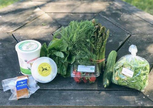 Intervale+Food+Hub+Omnivore+Package.jpg