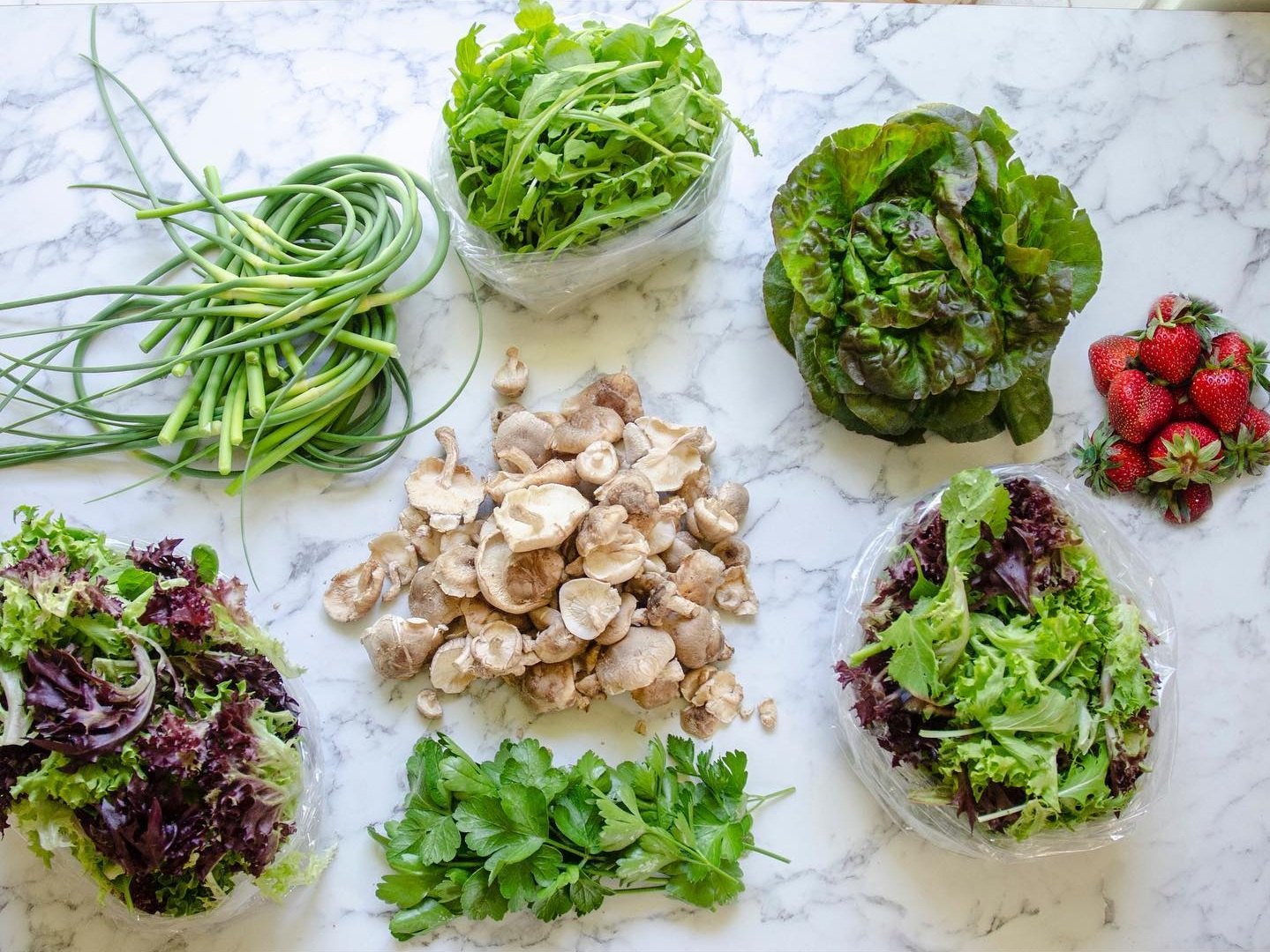 5-6 varieties of produce, just double the volume of a starter. Recommended for 4+ person households, or folks who just like their veggies.