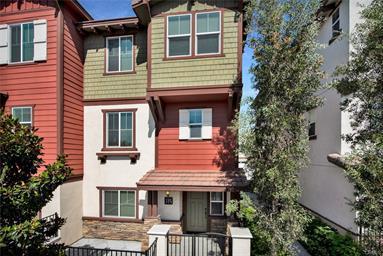 MLS #: PW18195425 724 S Euclid St, Fullerton 92832 Condominium 3 bedrooms, 2.5 bathrooms. 1,855 sq. ft. $549,000
