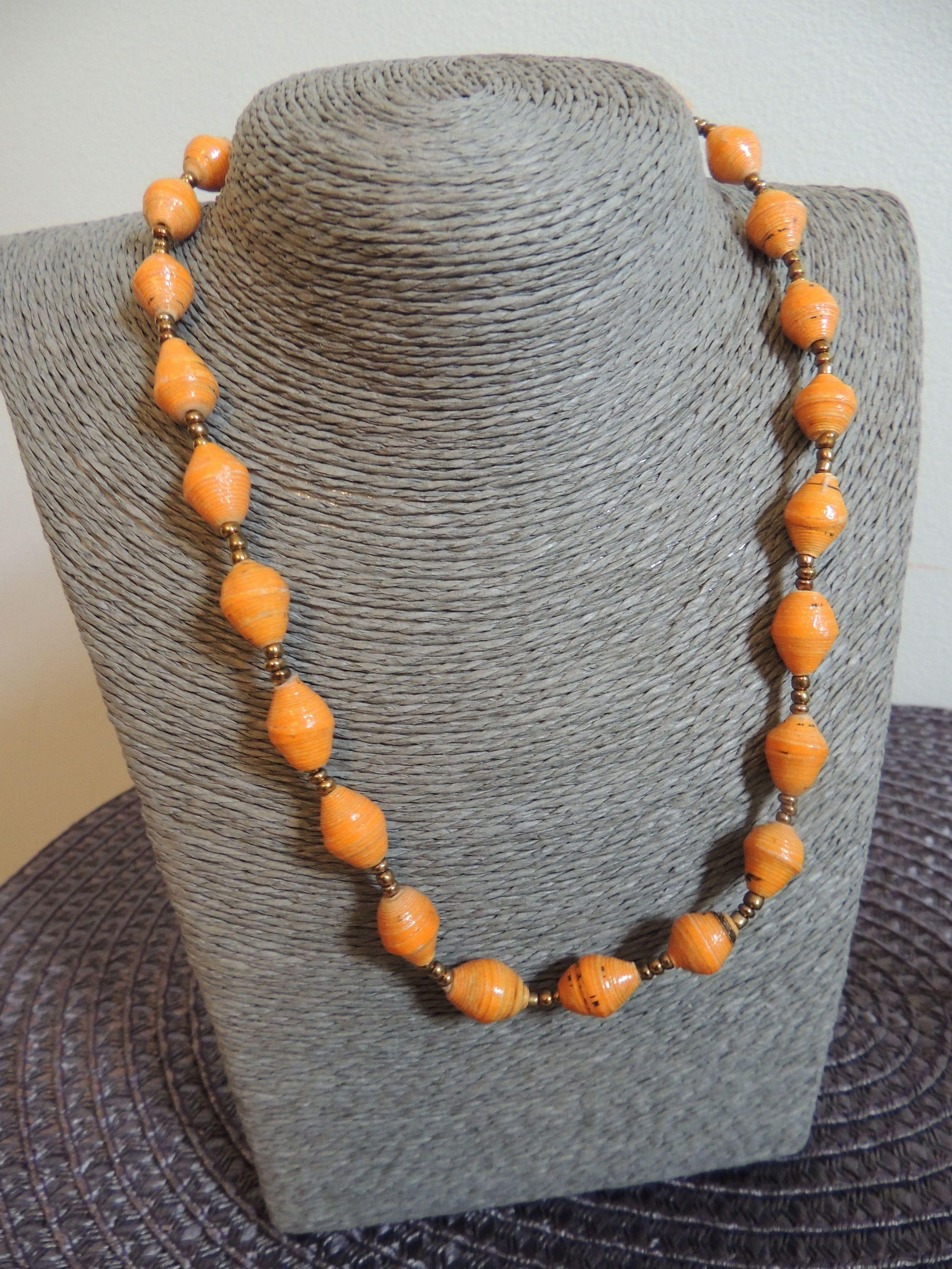 Necklace_short_orange.jpg