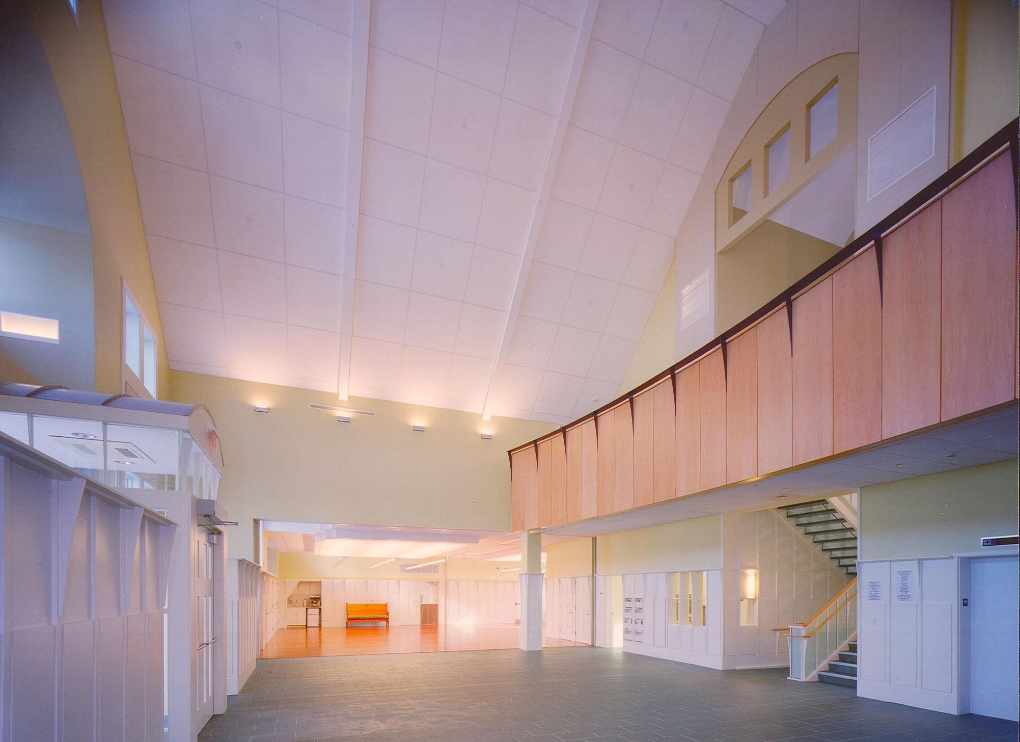 Interior 25.jpg