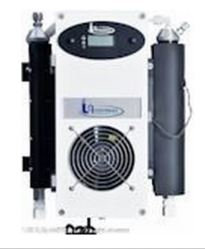Universal Analyzers 1000 Series Thermoelectric Gas Cooler