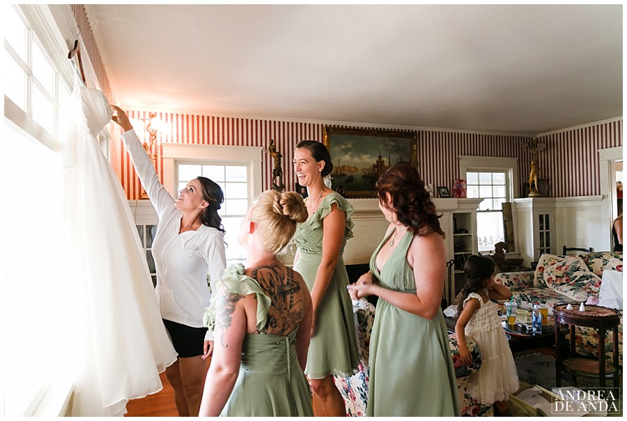 and then she shared a moment with her bridesmaids