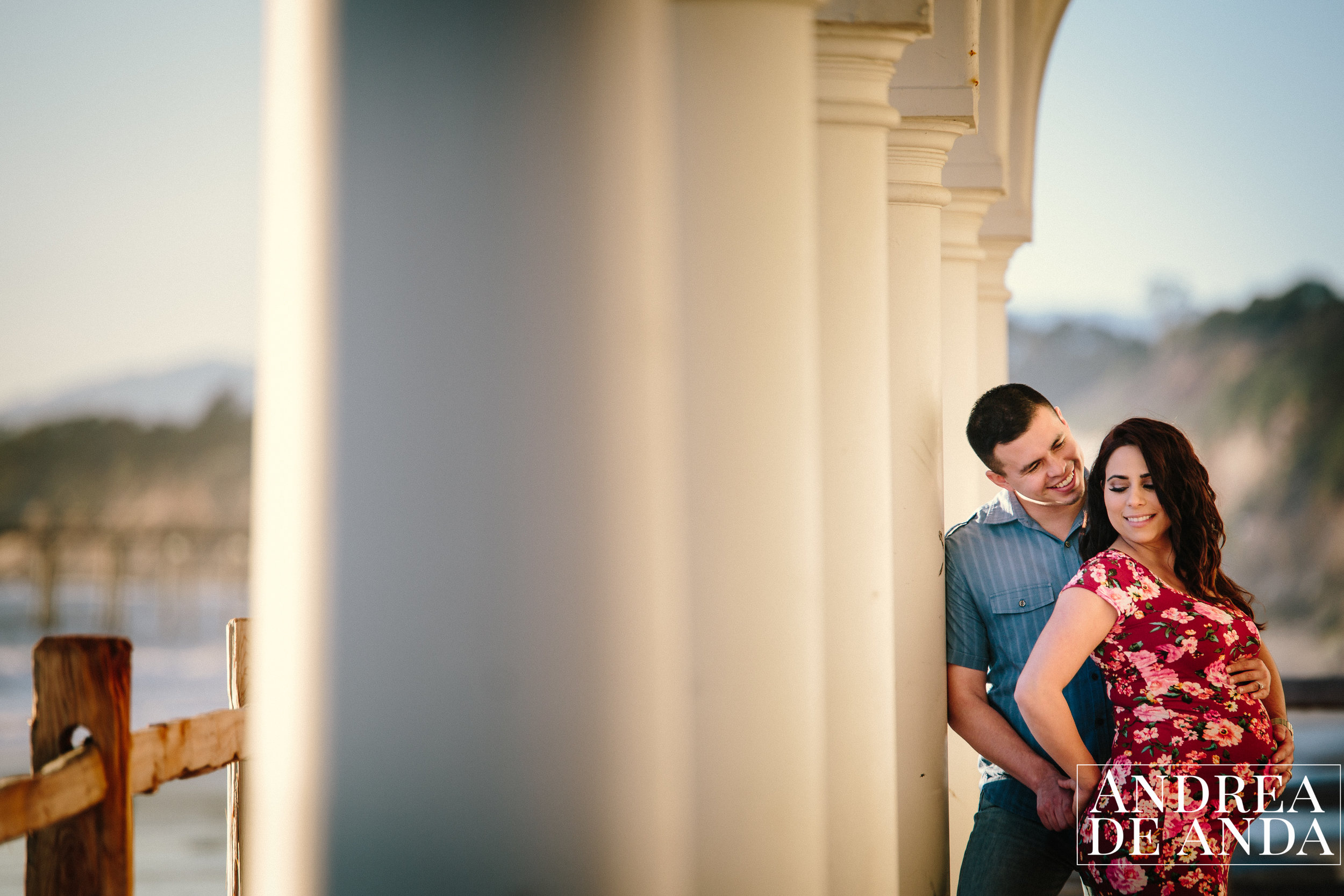 Maternity session at Bacara Resort Santa Barbara by Andrea de Anda Photography