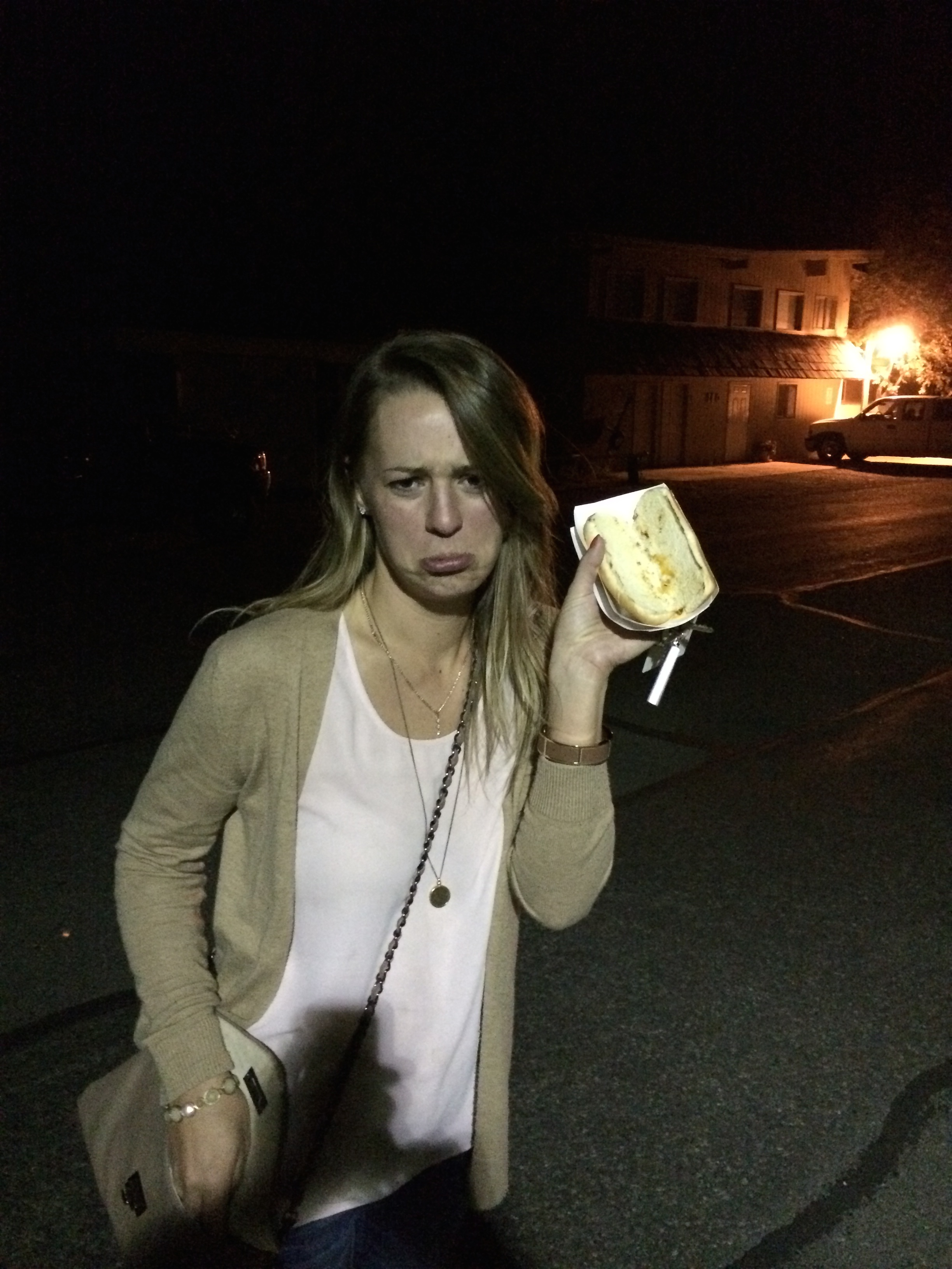 Carly hot dog 036.jpg