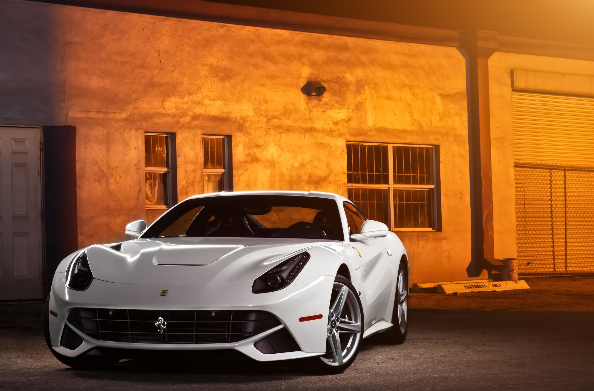 Ferrari-F12-2.jpg