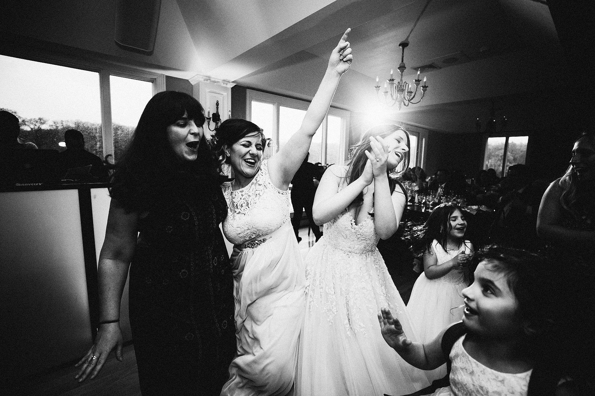 twisted-oaks-associate-wedding0015.jpg