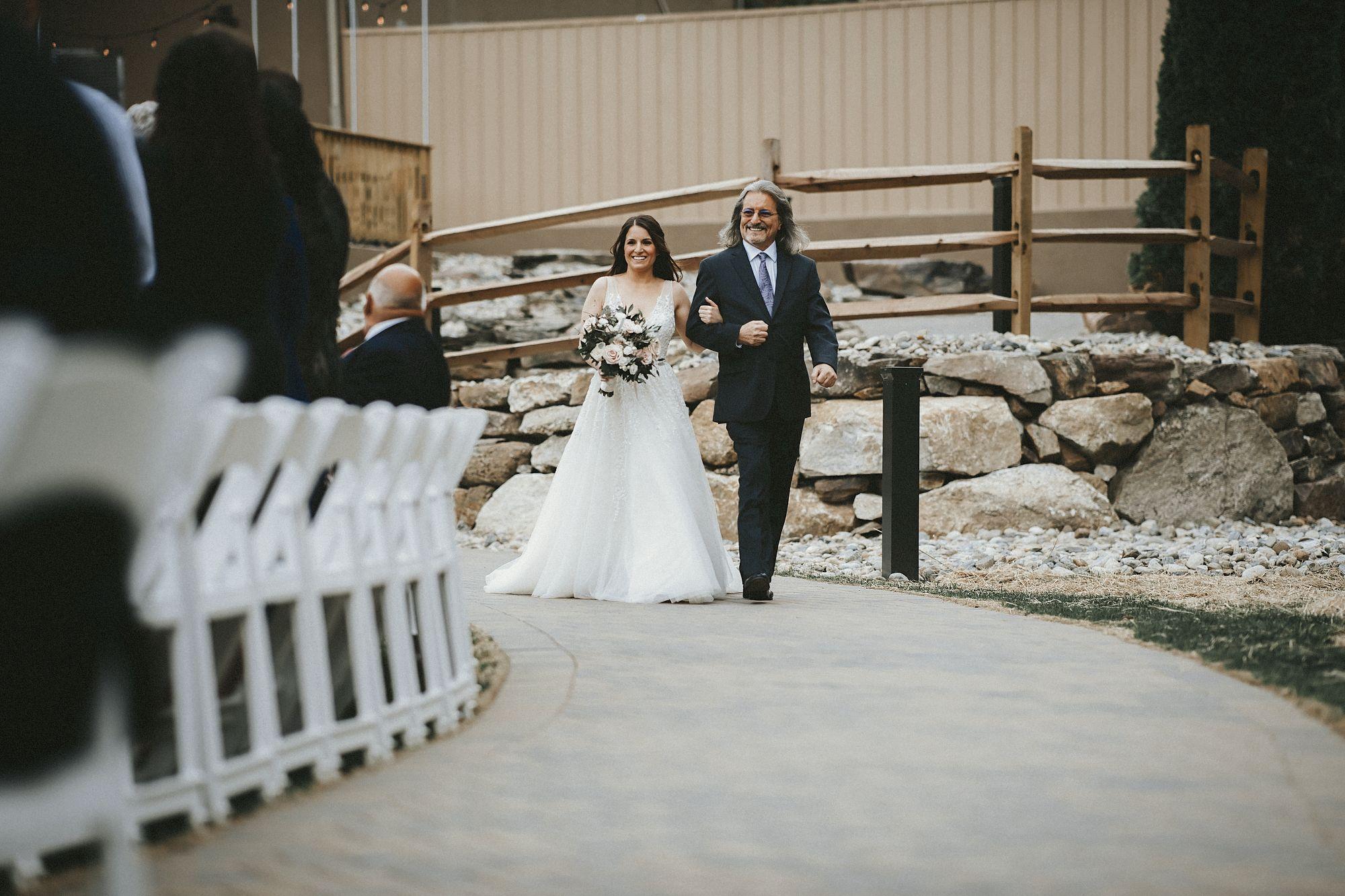 twisted-oaks-associate-wedding0048.jpg