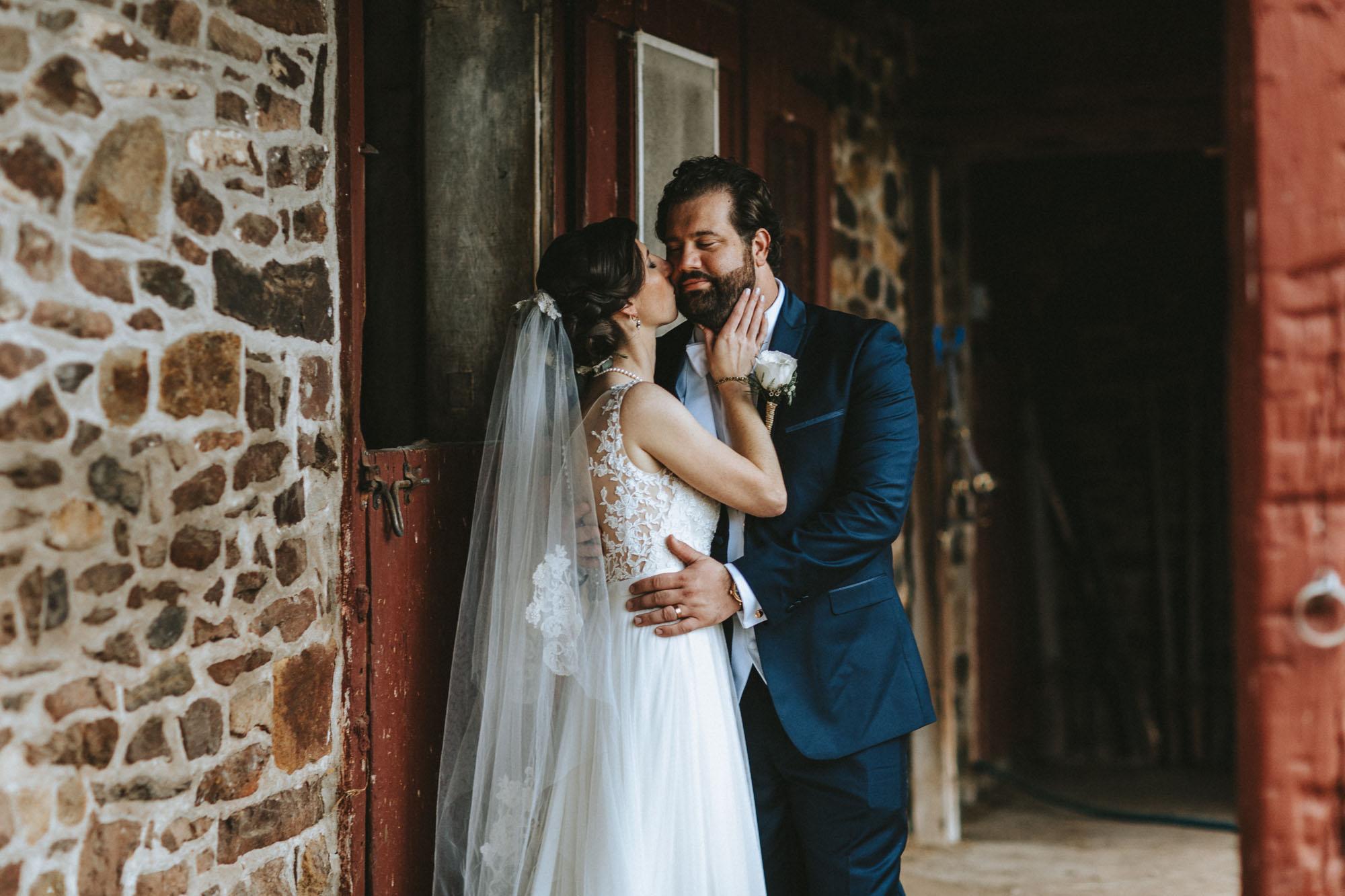 Twisted-Oaks-Studio-Arianne-Sean-Wedding-227.jpg
