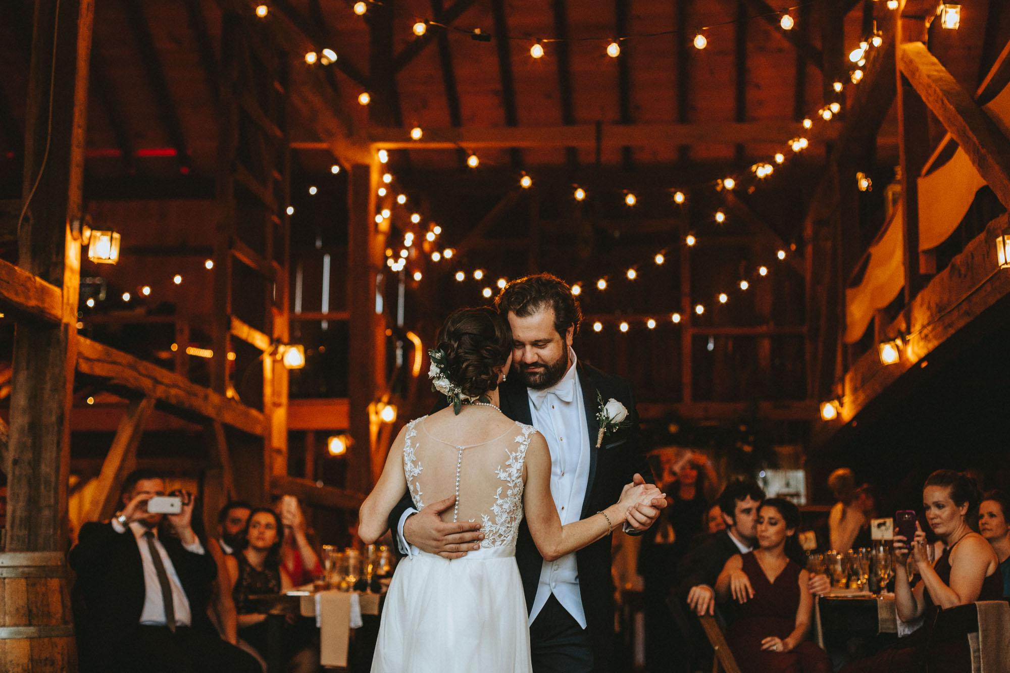 Twisted-Oaks-Studio-Arianne-Sean-Wedding-434.jpg