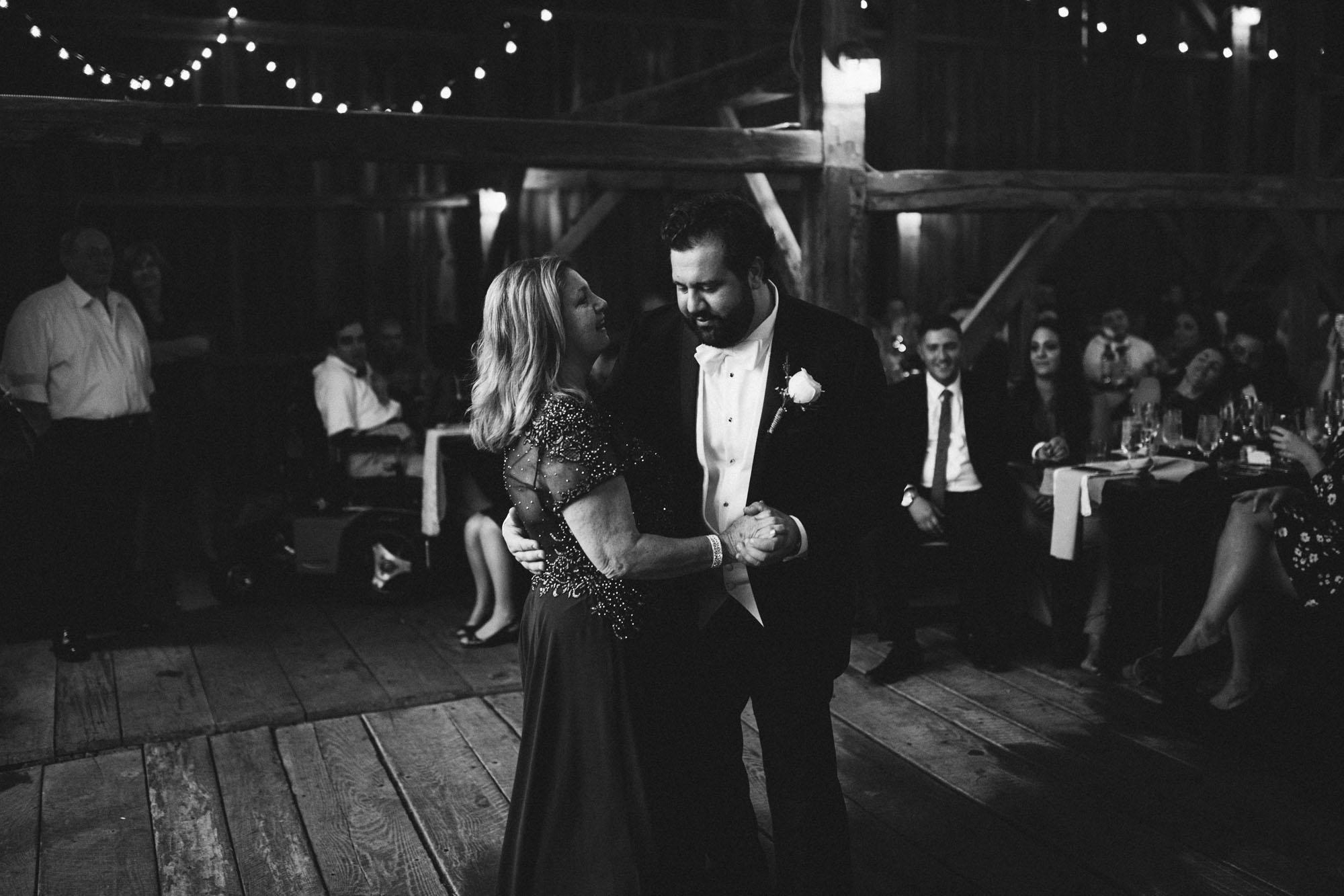 Twisted-Oaks-Studio-Arianne-Sean-Wedding-465.jpg
