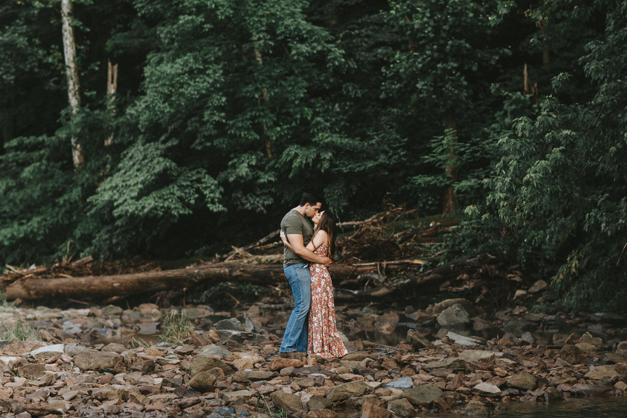 Twisted-Oaks-Studio-Tyler-Park-Engagement-9679.jpg