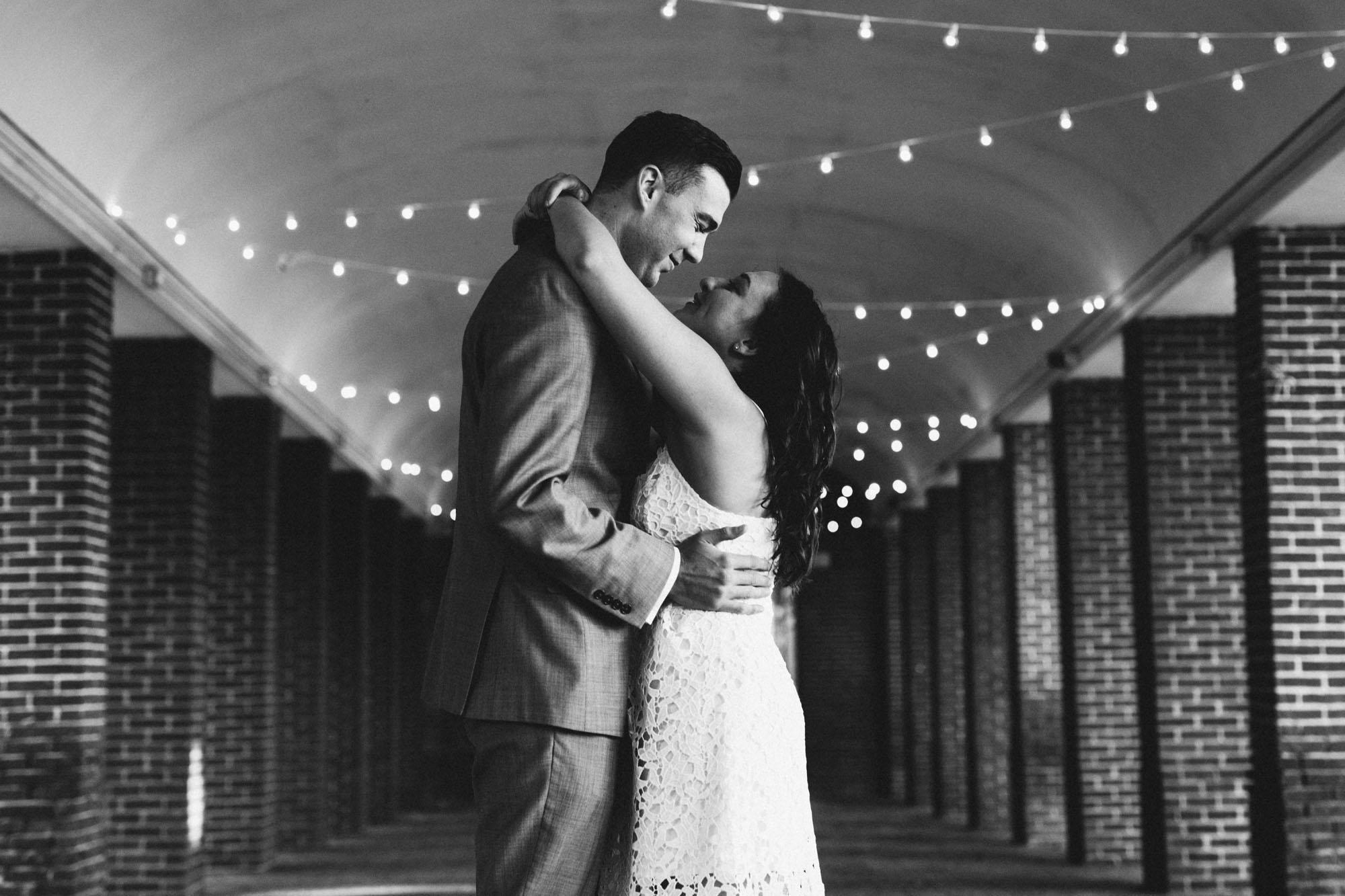 Twisted-Oaks-Studio-Shannon-Billy-Engagement-3.jpg