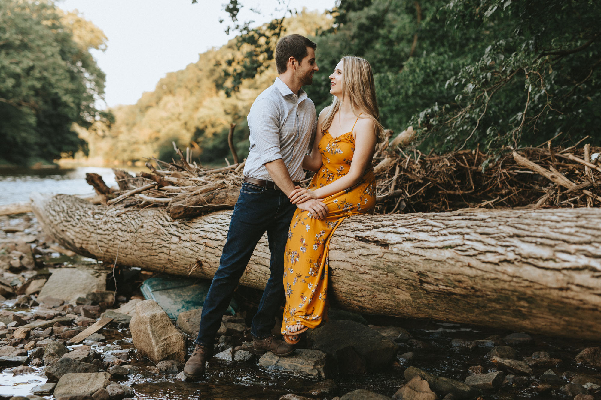 Twisted-Oaks-Jessica-Matt-EngagementI07A3381.jpg