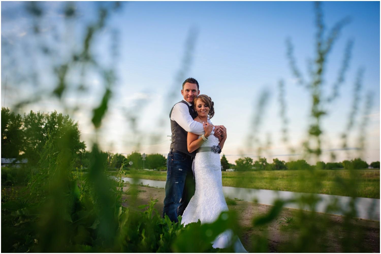 Windsor-colorado-backyard-wedding-photography-_0090.jpg