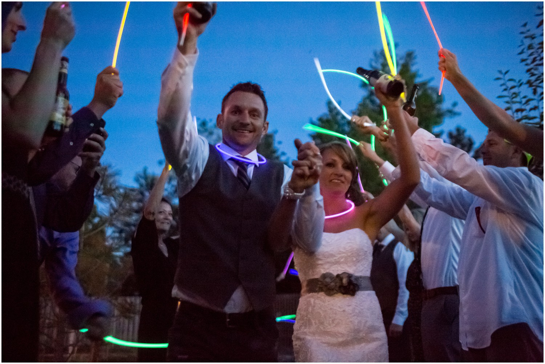 Windsor-colorado-backyard-wedding-photography-_0100.jpg