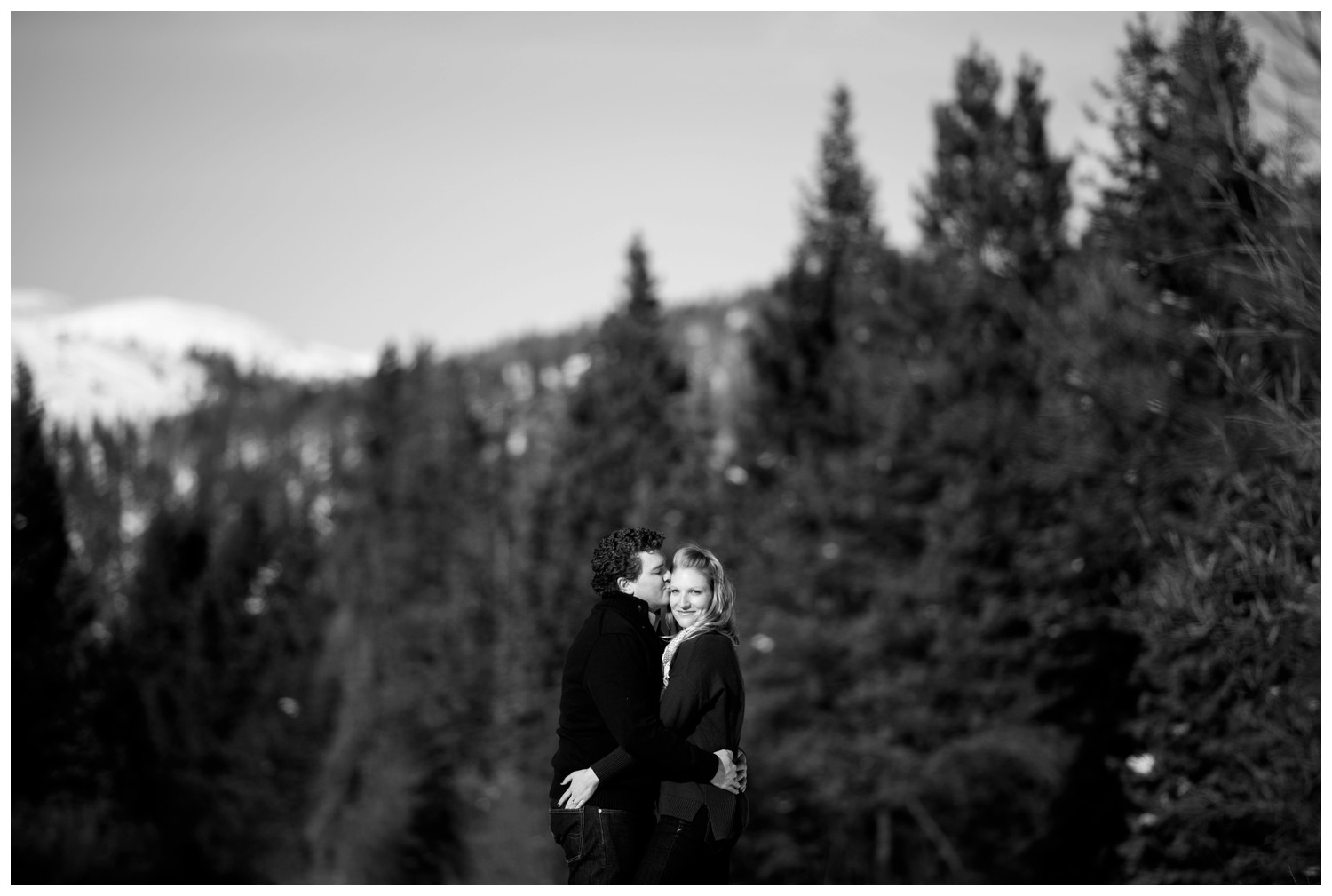 sapphire-point-colorado-winter-engagement-photography-_0011.jpg