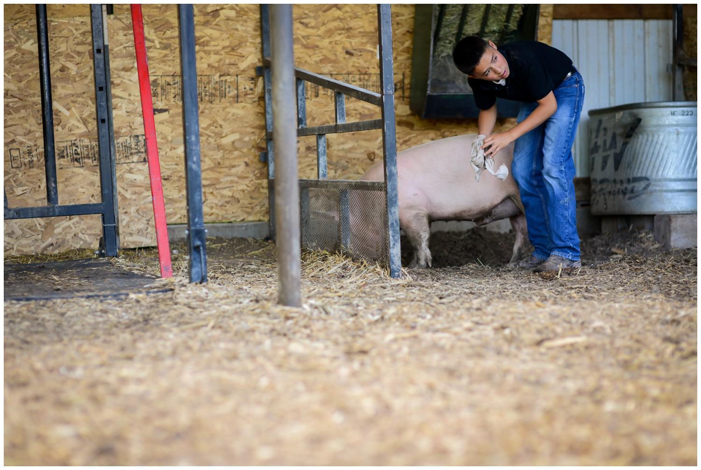 Colorado-lifestyle-farm-family-photography_0005.jpg