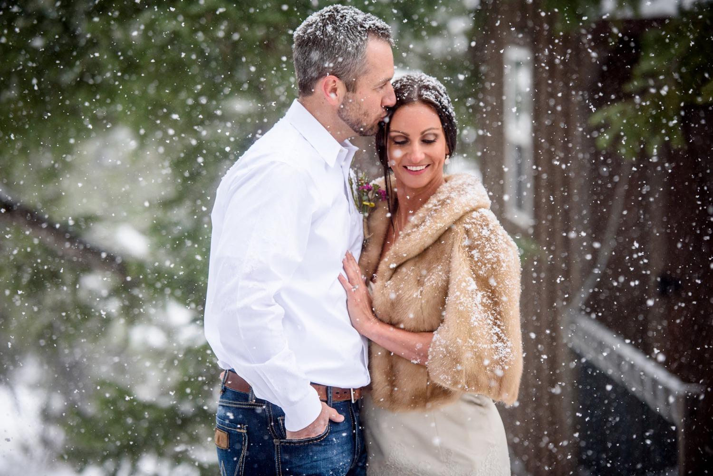 Evergreen-mountain-winter-wedding-photography_0021.jpg