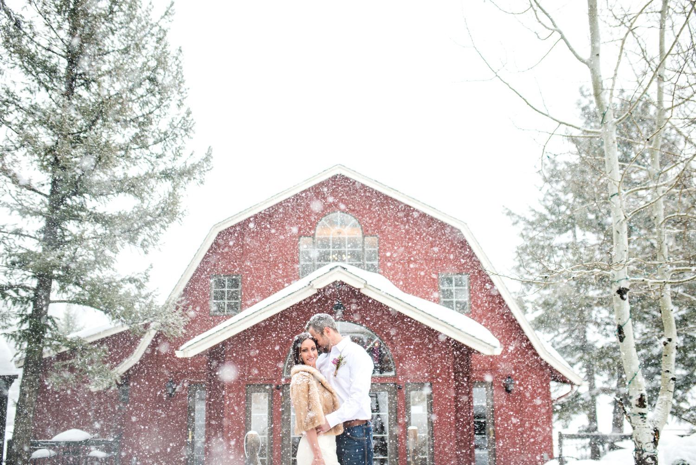 Evergreen-mountain-winter-wedding-photography_0027.jpg