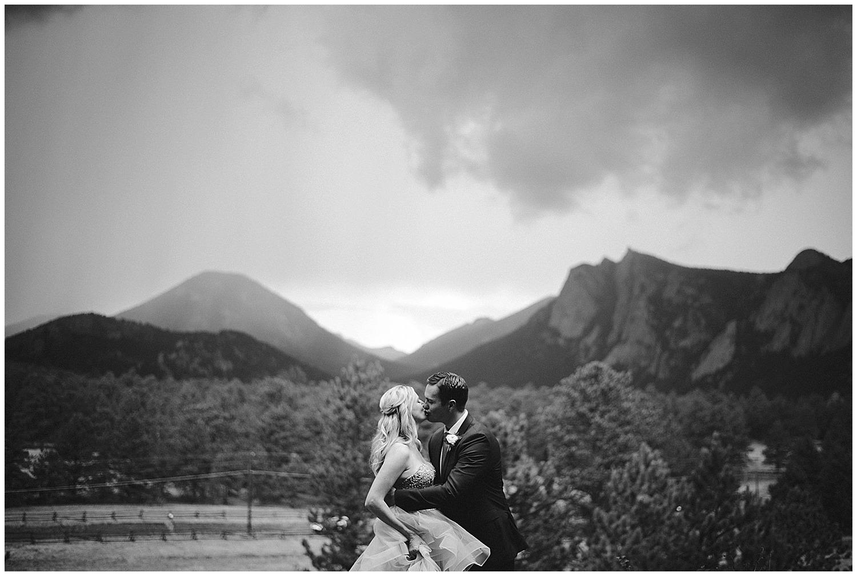 Estes-Park-Black-Canyon-Inn-Wedding-photography-_0071.jpg