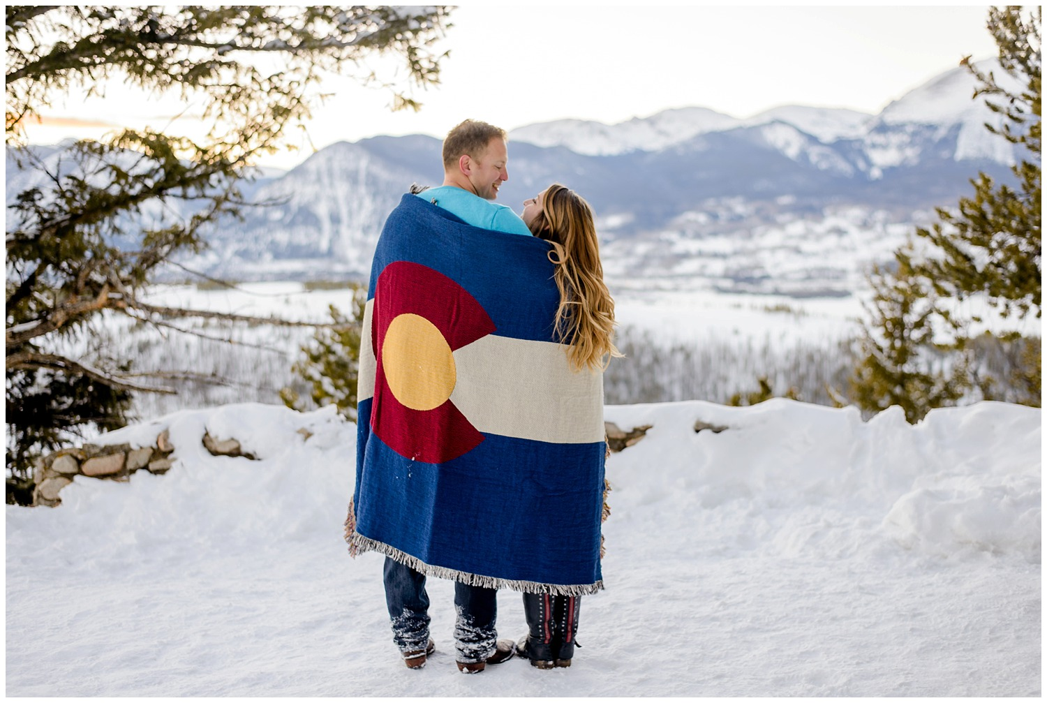 Sapphire-point-winter-engagement-photography_0020.jpg