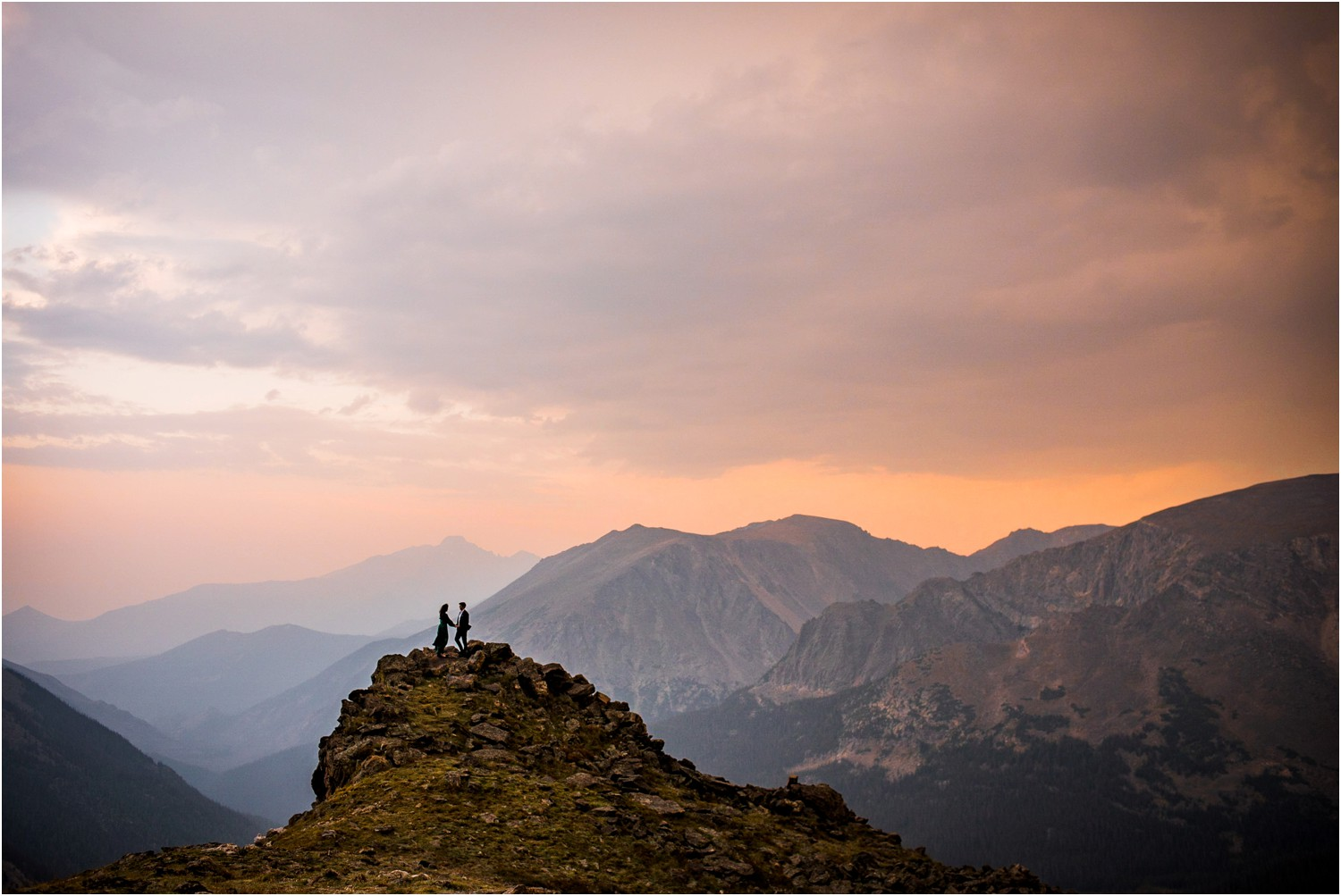 Rocky-mountain-national-Park-engagement-photography_0039.jpg