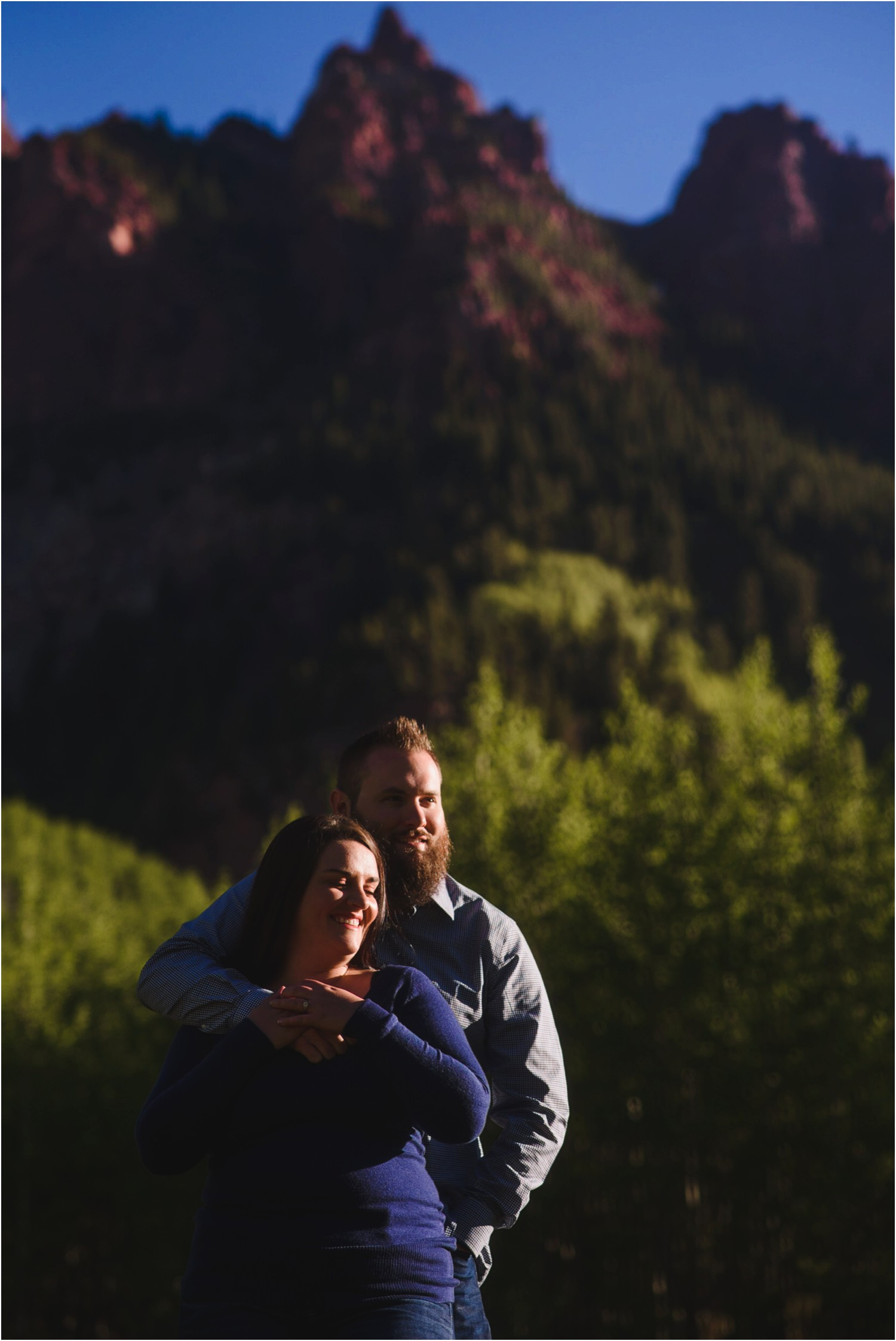 MAroon-Bells-Spring-Sunrise-engagement-photography_0019.jpg