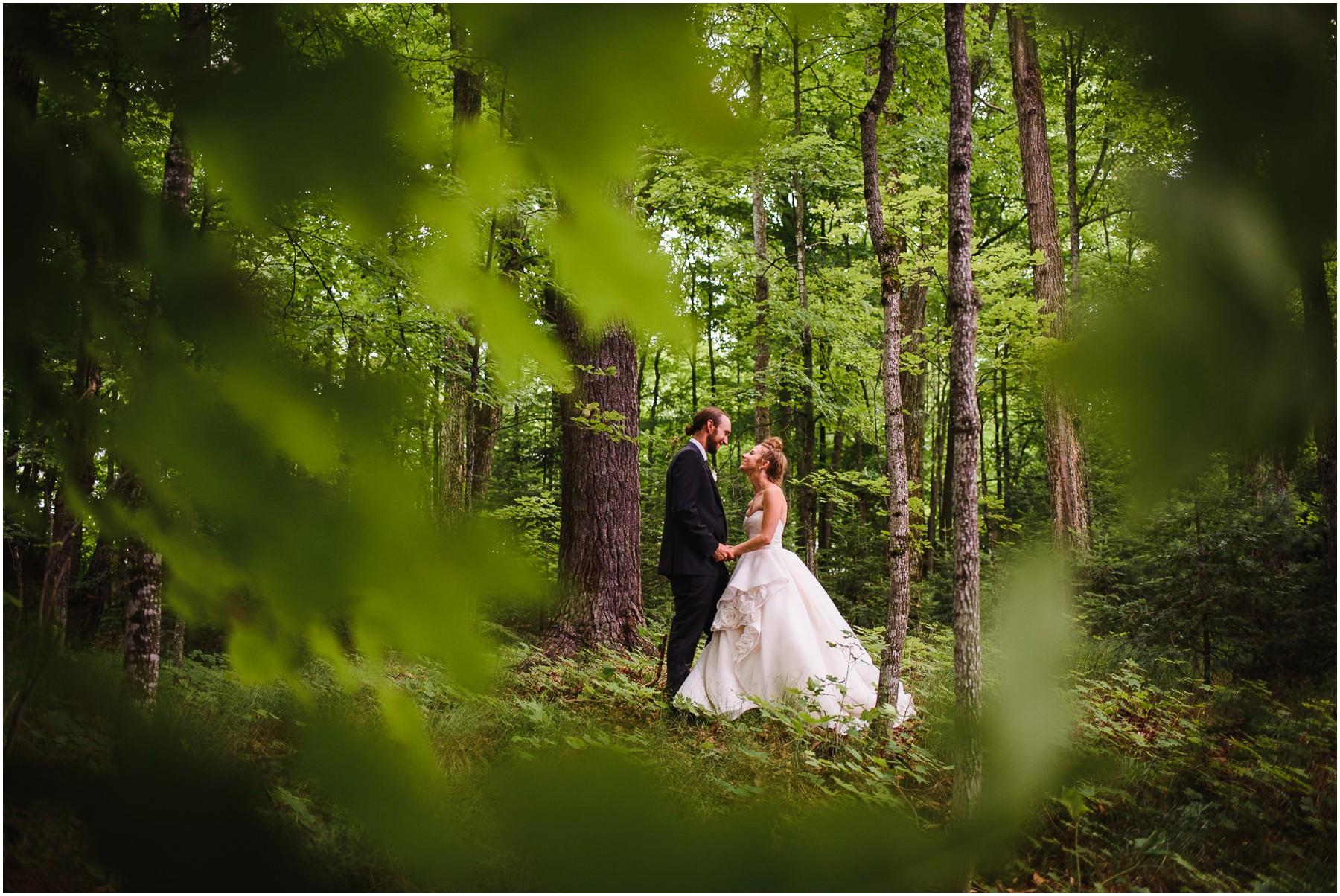 Wisconsin-north-woods-summer-lake-wedding_0136.jpg