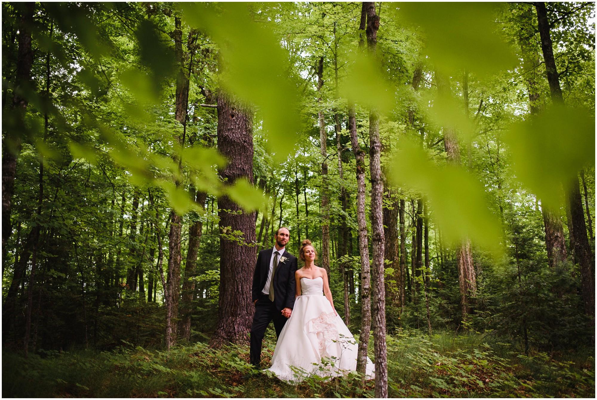 269-Wisconsin-north-woods-lake-wedding.jpg