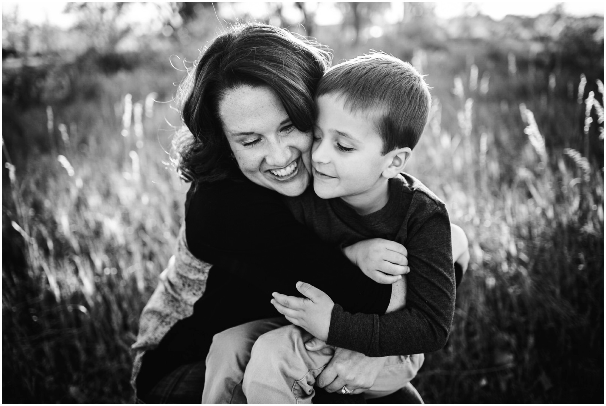 23-Fort-collins-fall-family-photography-bw.jpg