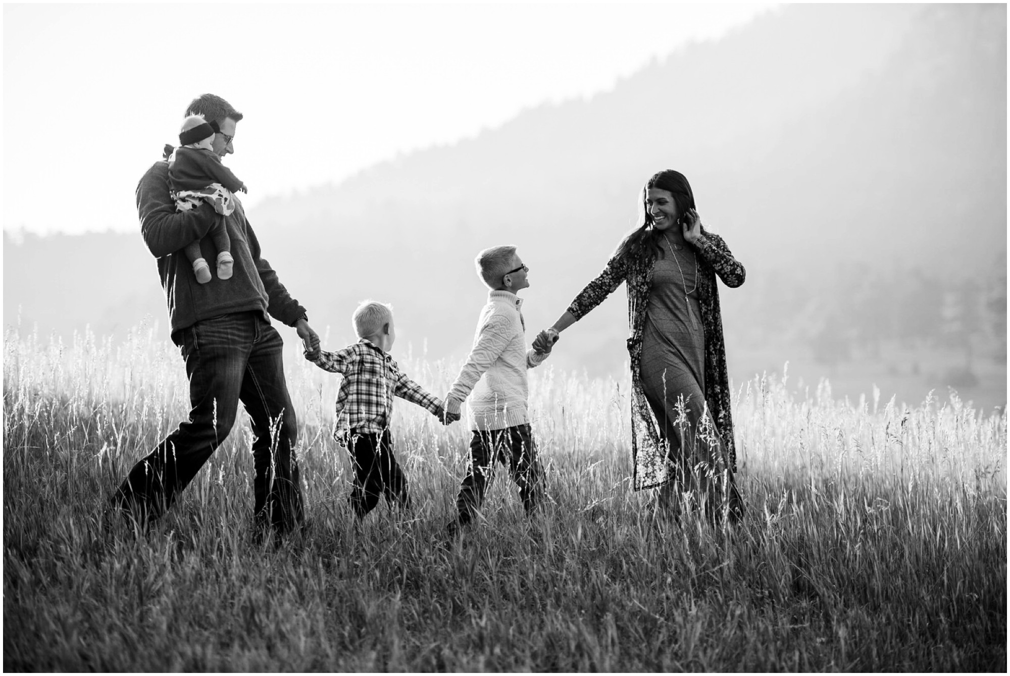 30-meyer-ranch-fall-family-photography-evans-bw.jpg
