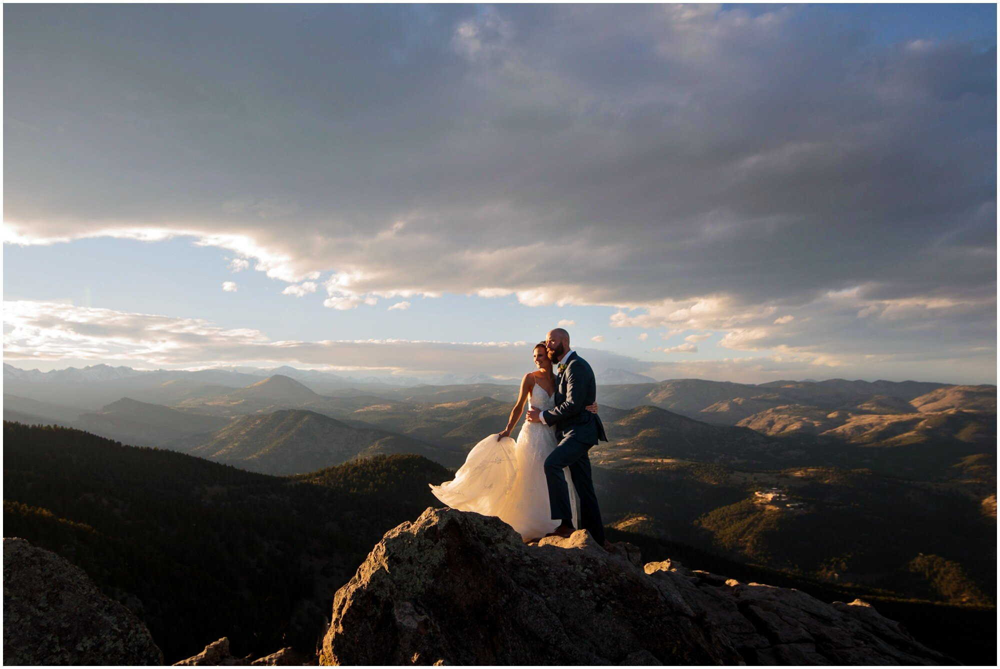 Lost Gulch Lookout boulder sunset wedding photo