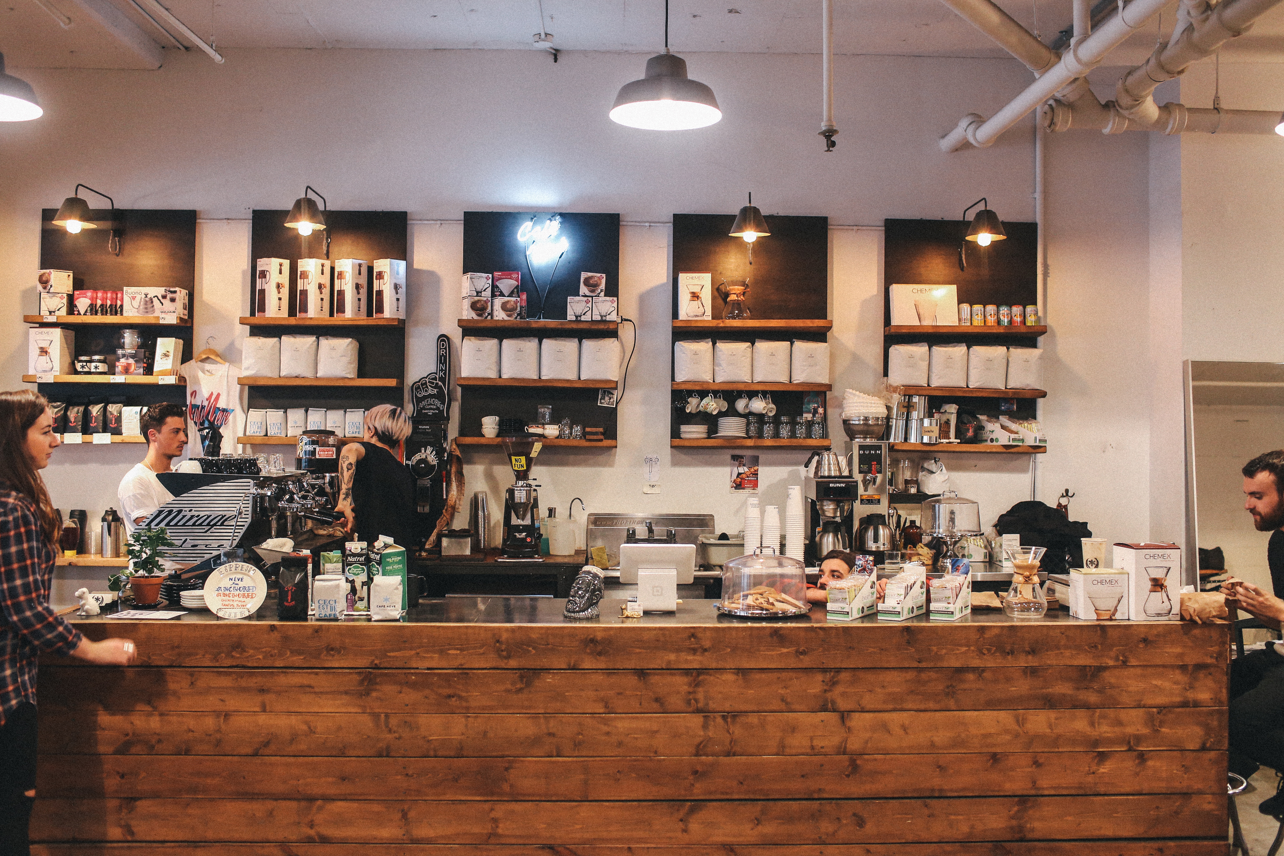 Cafe in Frank & Oak