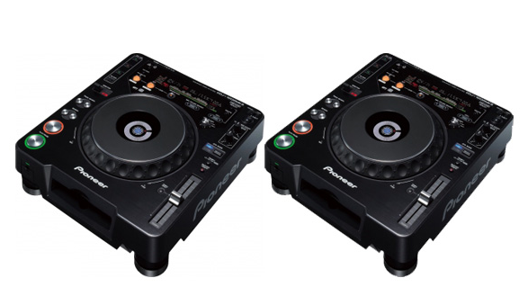 Pioneer CDJ-1000 CD Turntables