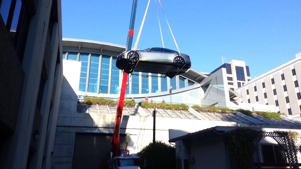 Flying Tesla