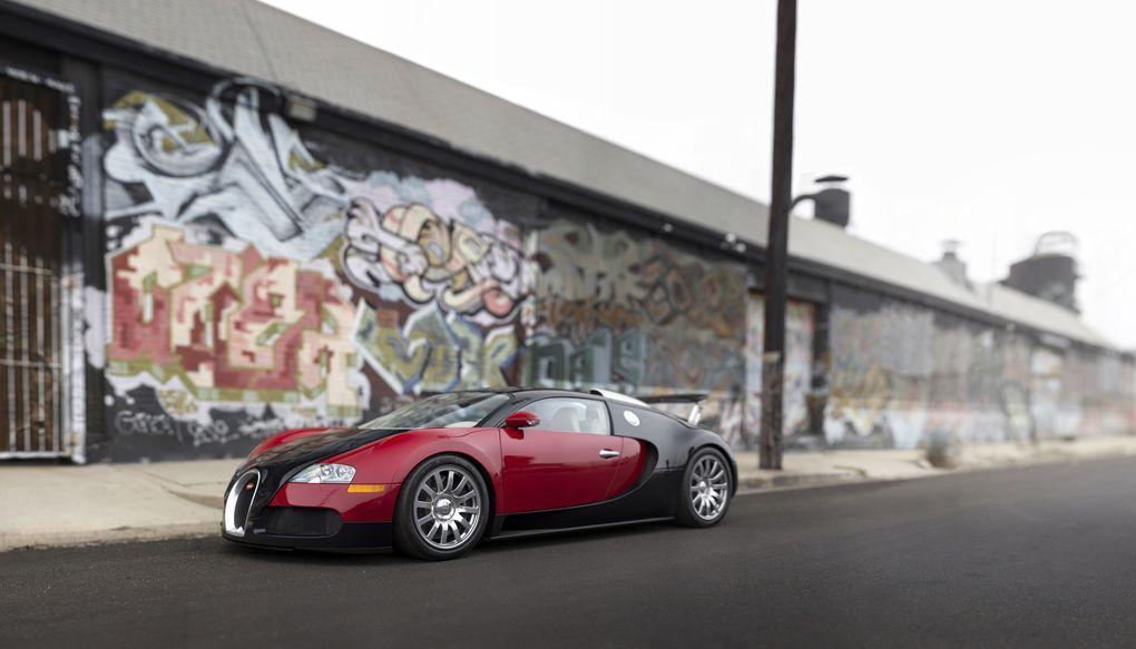 2006_Bugatti_Veyron__credit_Patrick_Ernzen___2015_RM_Sotheby_s_.0.jpg