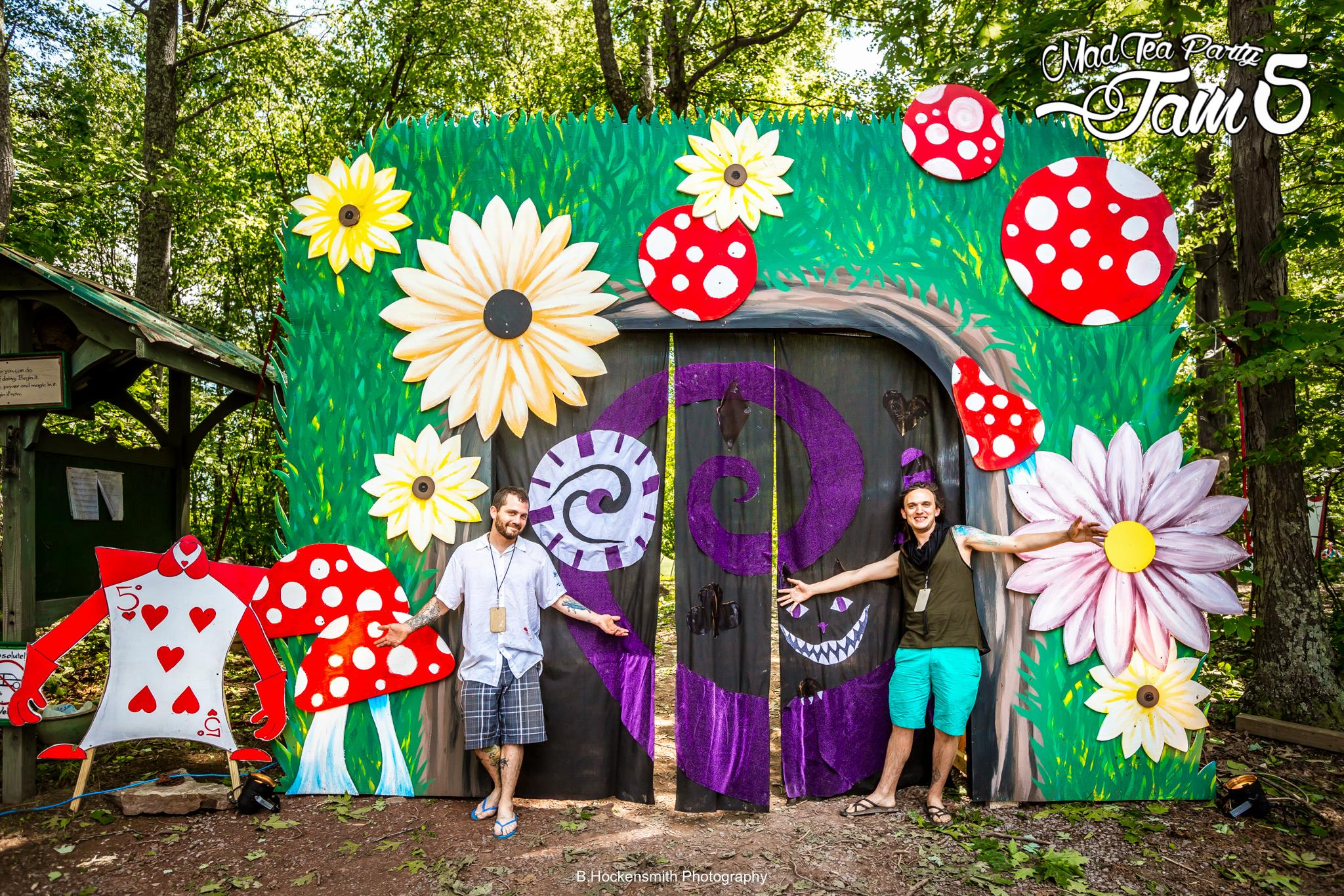 Photo by Brian Hockensmith (B. Hockensmith Photography) - Click    HERE   to view more of Brian's amazing photos from Mad Tea Party Jam 5