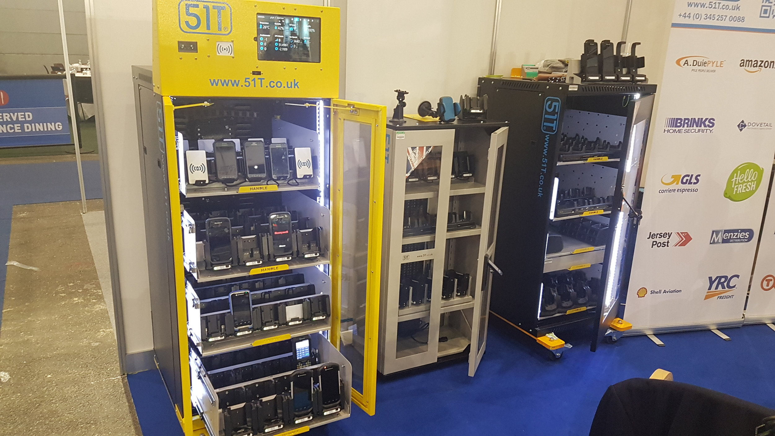 Hand-held data terminal charging stations from 51T