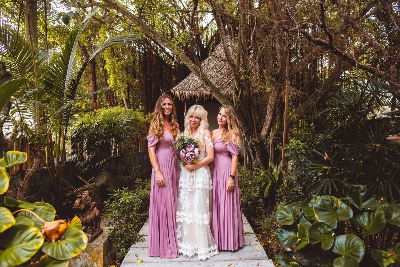 061_Megan&Daniel-373_Wedding_dress_photographer_bridesmaids_destination_Thailandwedding_Thailand.jpg