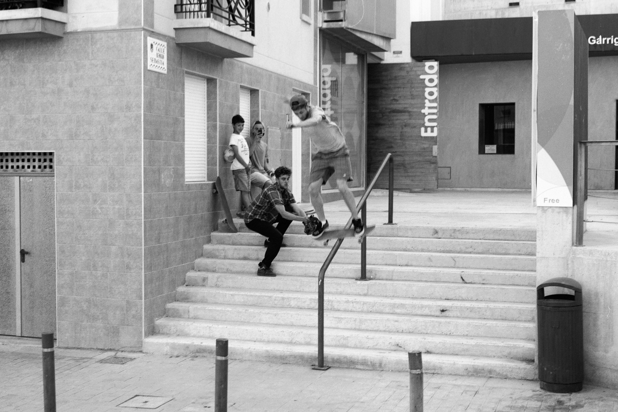 george-skateboarding-alicante.jpg