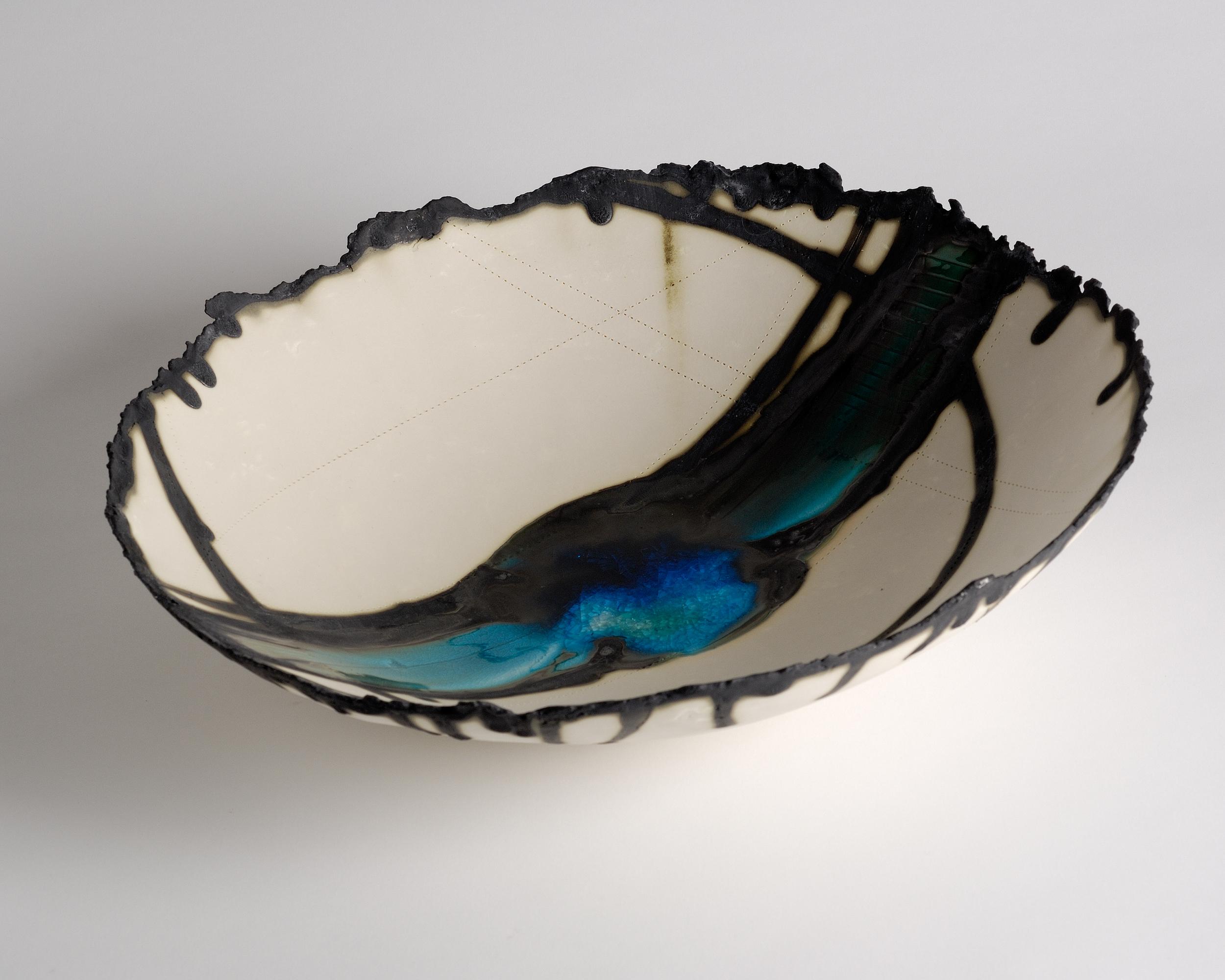 Porcelain bowl 18in diam £340.00 (2).jpg