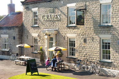 The Grapes, Slingsby