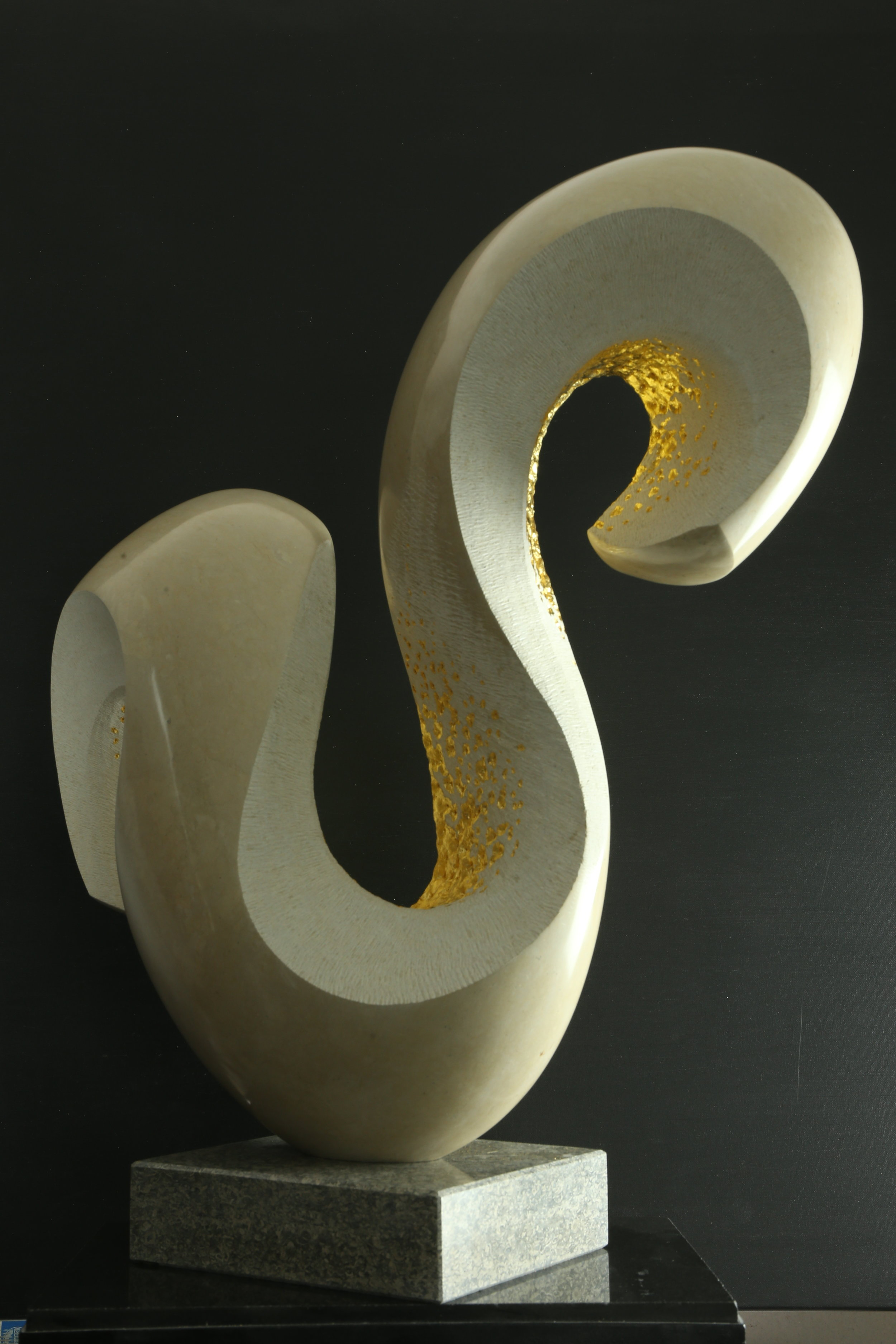 Michael Thacker - MANTLEThala Limestone and Gold Leaf Sculpture£6,000.0020% deposit - £1200.00Balance - £4800.008 Monthly Payments of £600.00Interest Free!
