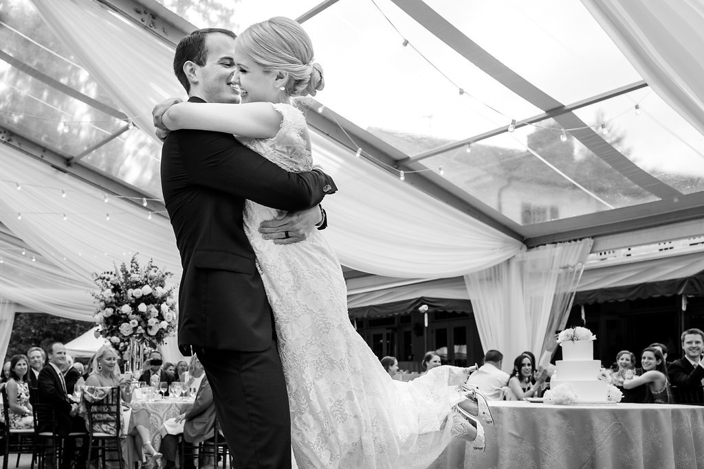 Annie & Luke - Genevieve Nisly Photography - The Chagrin Valley Hunt Club Cleveland Wedding - Good Together Honne (94).jpg