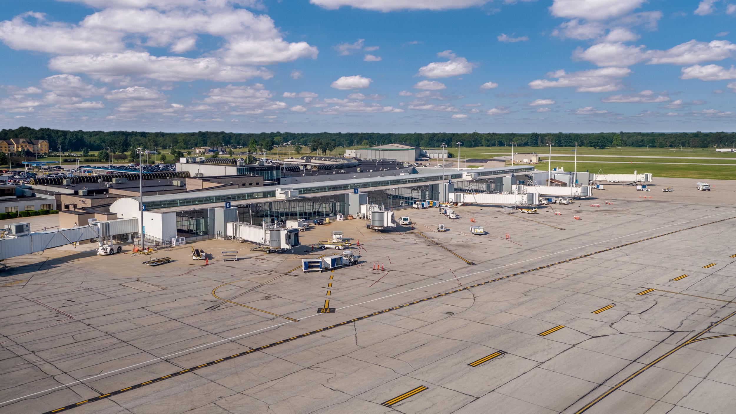 South Bend International Airport Terminal Built by Majority Builders Inc.-3.jpg