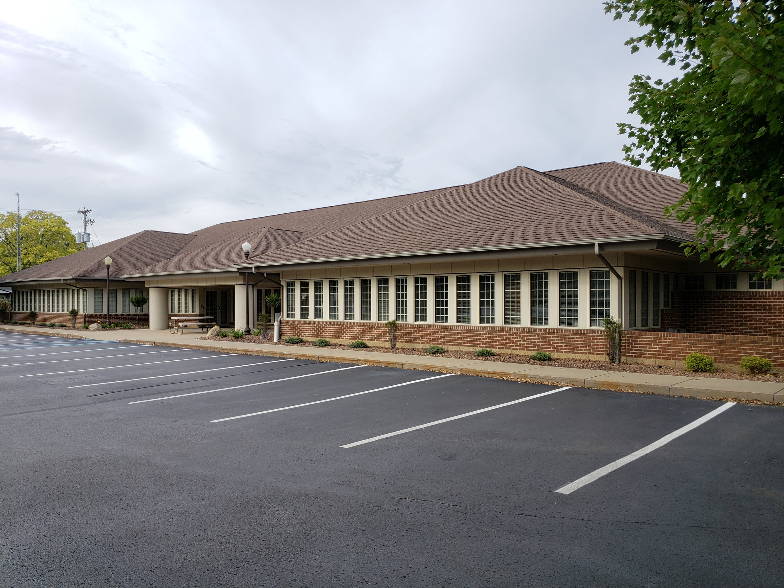 Abbott Eye Center Exterior 10 2019.jpg